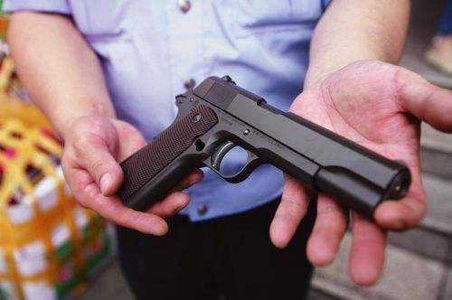 刺激战场枪支手绘图片