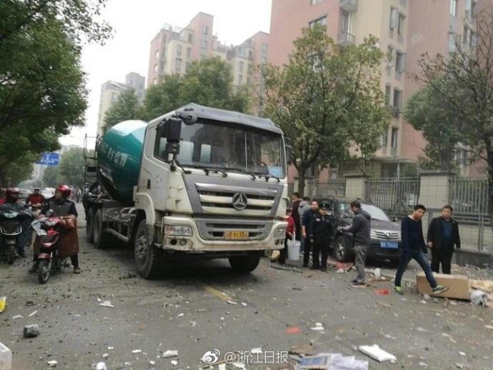 宁波北环高架李家西路发生爆炸事故