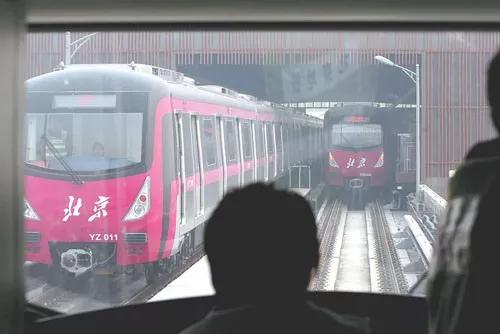 qq群里的重庆时时彩:不换乘不下车……地铁今后能跨线直接把你送到目的地!