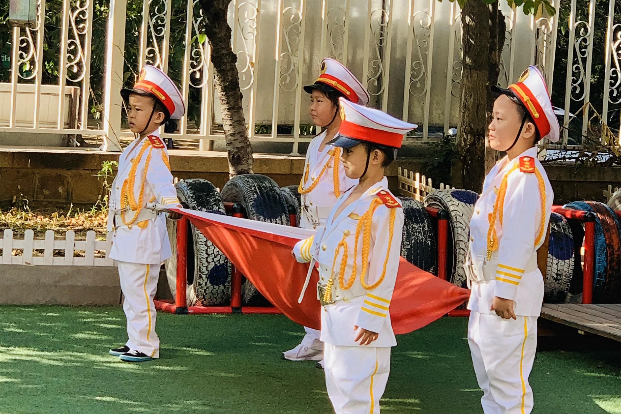 20190923市北区四方幼儿园尚智园区举行升国旗仪式2.jpg