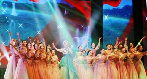 湖北省荆门市举办第七个老年节文体展演活动